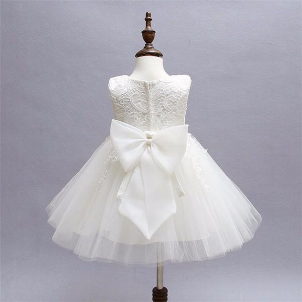 Robe Blanche Petite Fille Fair Act Pour Une Mode Responsable Et Ethique